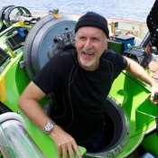 "Director of ""Titanic"" James Cameron, Visited The Bottom of The Mariana Trench."