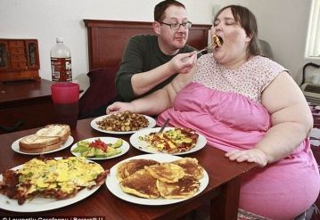 Most Fattest Lady of the History is Going to Marry a Chef…