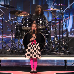 "6-Year-Old Aaralyn Sing, ""Zombie Skin"" – America`s Got Talent, Shocking Results"