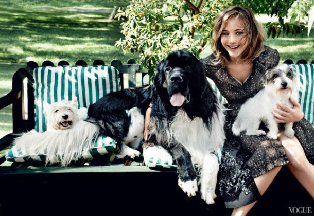 Jennifer Lawrence in 'Vogue' Pictures With Cute Dogs (5)