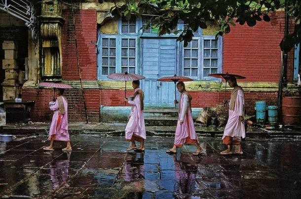The Untold from Steve McCurry: The stories behind the pictures... (8)