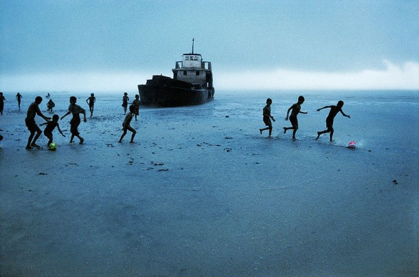 The Untold from Steve McCurry: The stories behind the pictures... (20)