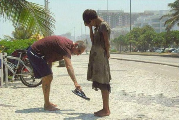 The Best Acts Of Kindness In 2013 (3)
