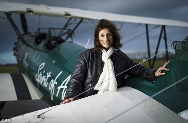 The Woman Repeated The Legendary Solo Flight At 13,000 km (3)