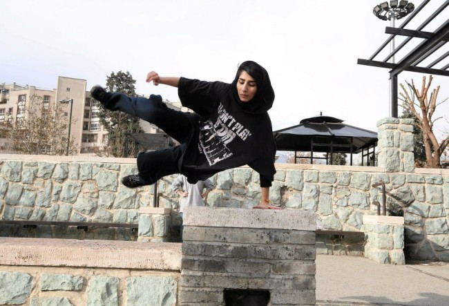 Iranian girl practicing parkour in Tehran
