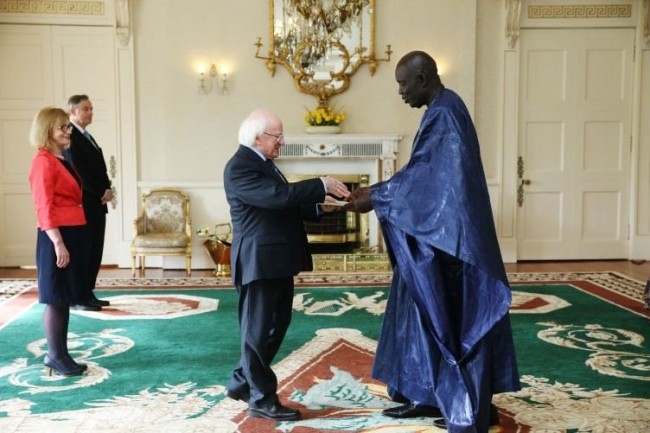 The Irish President meets the new Senegalese Ambassadoer