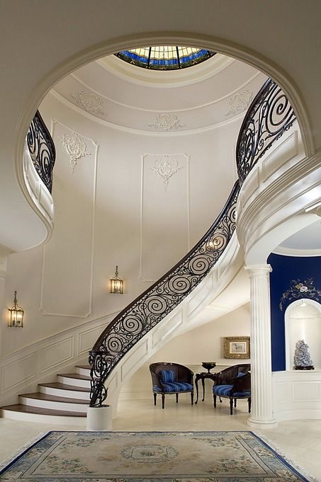 White and blue staircase entrance [453×681]