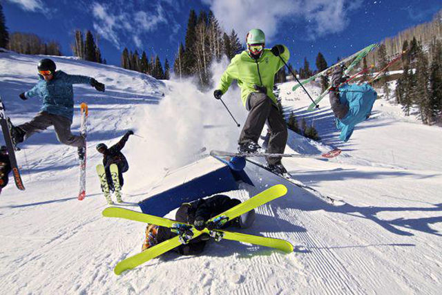 everything_you_need_to_see_at_the_ski_slopes_640_13