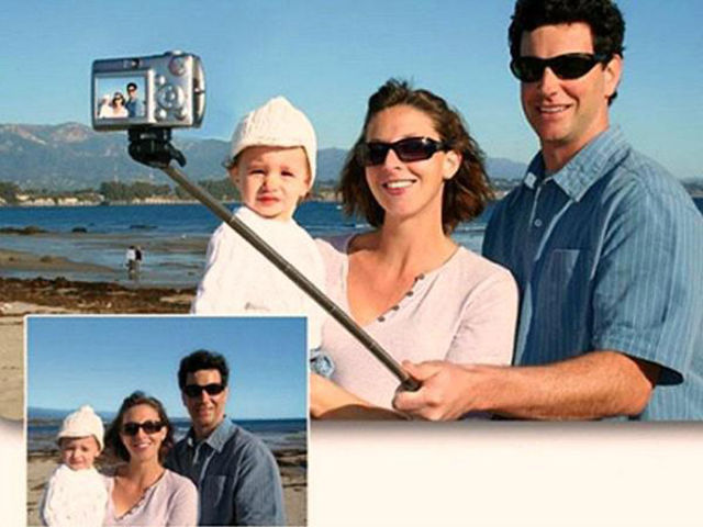 the_selfie_stick_has_to_be_the_worst_invention_ever_640_25