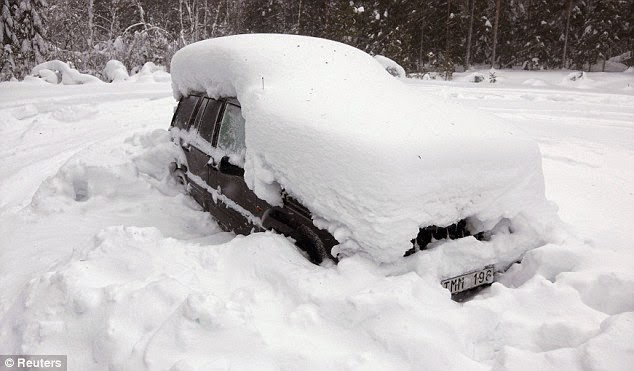 that a Swedish man survived for two months in a car that had been snowed over. He ate only snow, and survived due a igloo effect