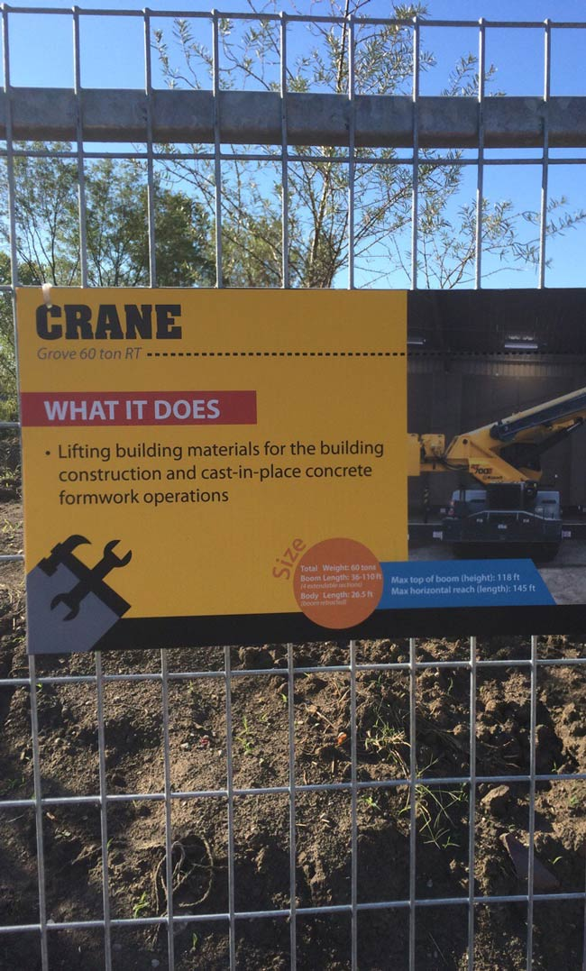 Omaha Zoo has a new species of crane on display