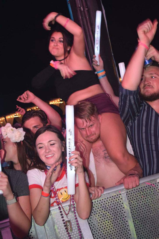 Shout out to this guy last night at the Waka Flocka Flame concert who was in visible pain all night