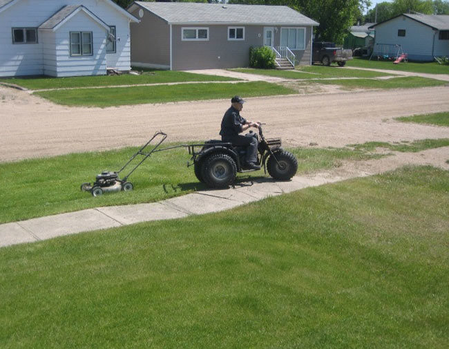 How my 95yo grandpa cuts his grass