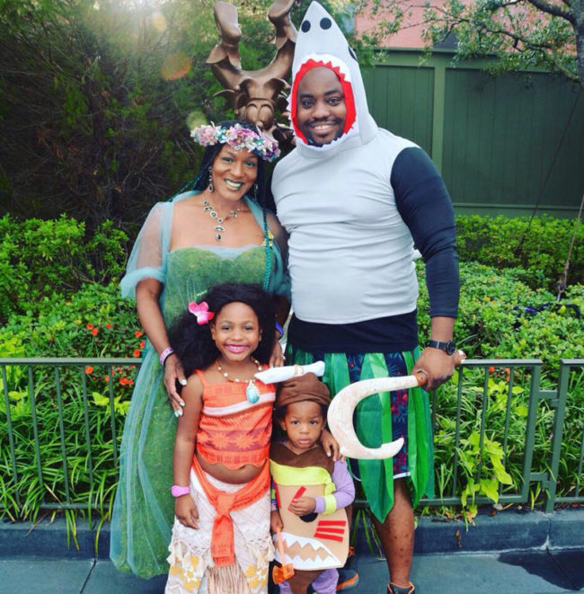 Moana family cosplay