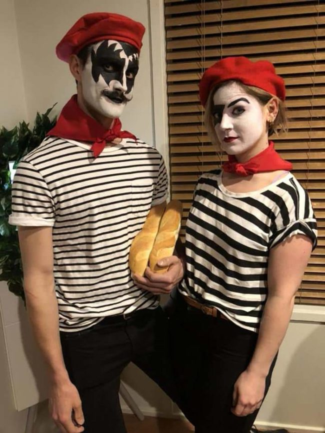 Halloween costume idea: French Kiss