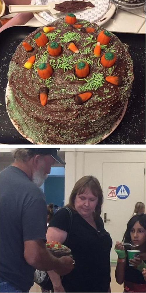 My buddy made a (not so pretty) cake for his daughter's cake walk at school. This is the reaction of the little girl and her parents who won the cake