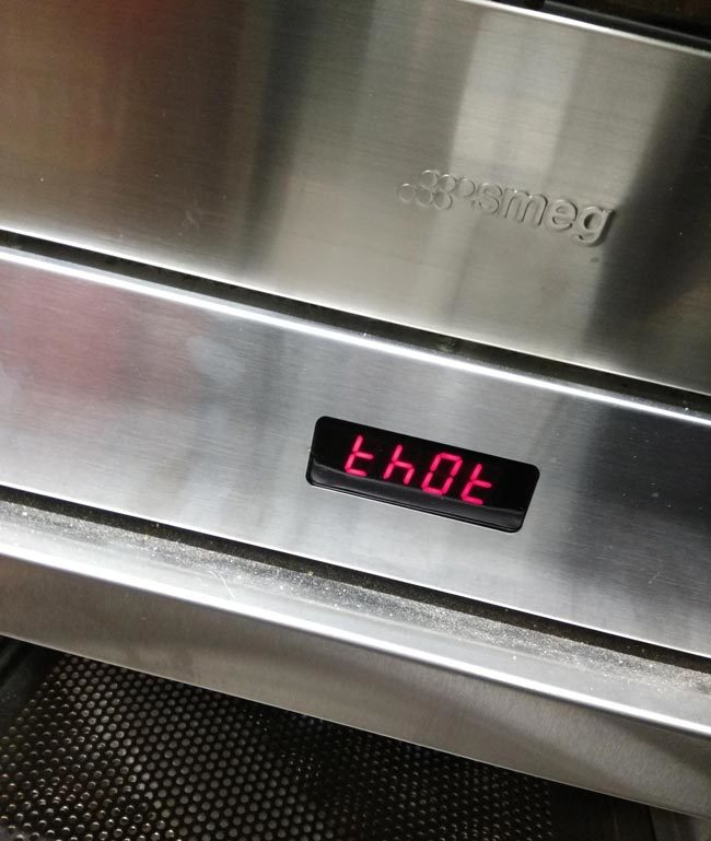 The oven at my work has a built-in thot alarm
